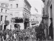 Ciutadans davant l'Ajuntament d'Horta, amb motiu d'una celebració, 1929. Brangulí fotògrfs, Arxiu Nacional de Catalunya.