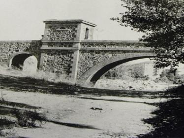 Fotografia del tram de l'aqüeducte de Dosrius cap al 1965, del web: Relligant Nou Barris